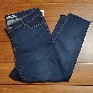 NWT Old Navy Women's Rockstar Jeans